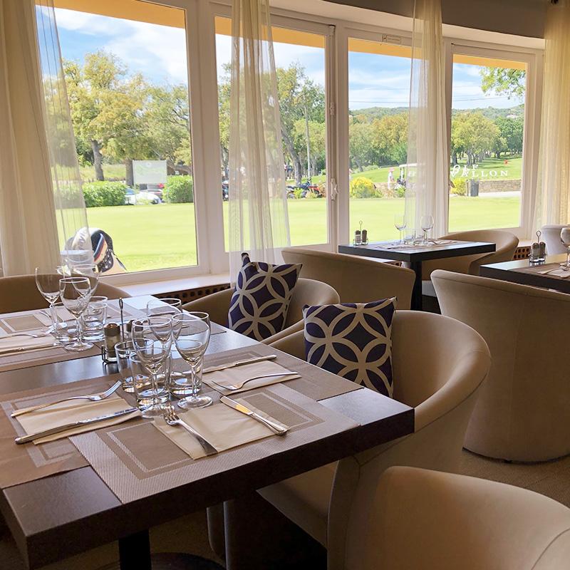 Club House Restaurant - Grimaud - Golf de Beauvallon - salle intérieure - visuel