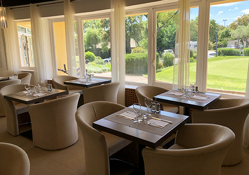 Club House Restaurant - Grimaud - Golf de Beauvallon - salle intérieure - visuel 2